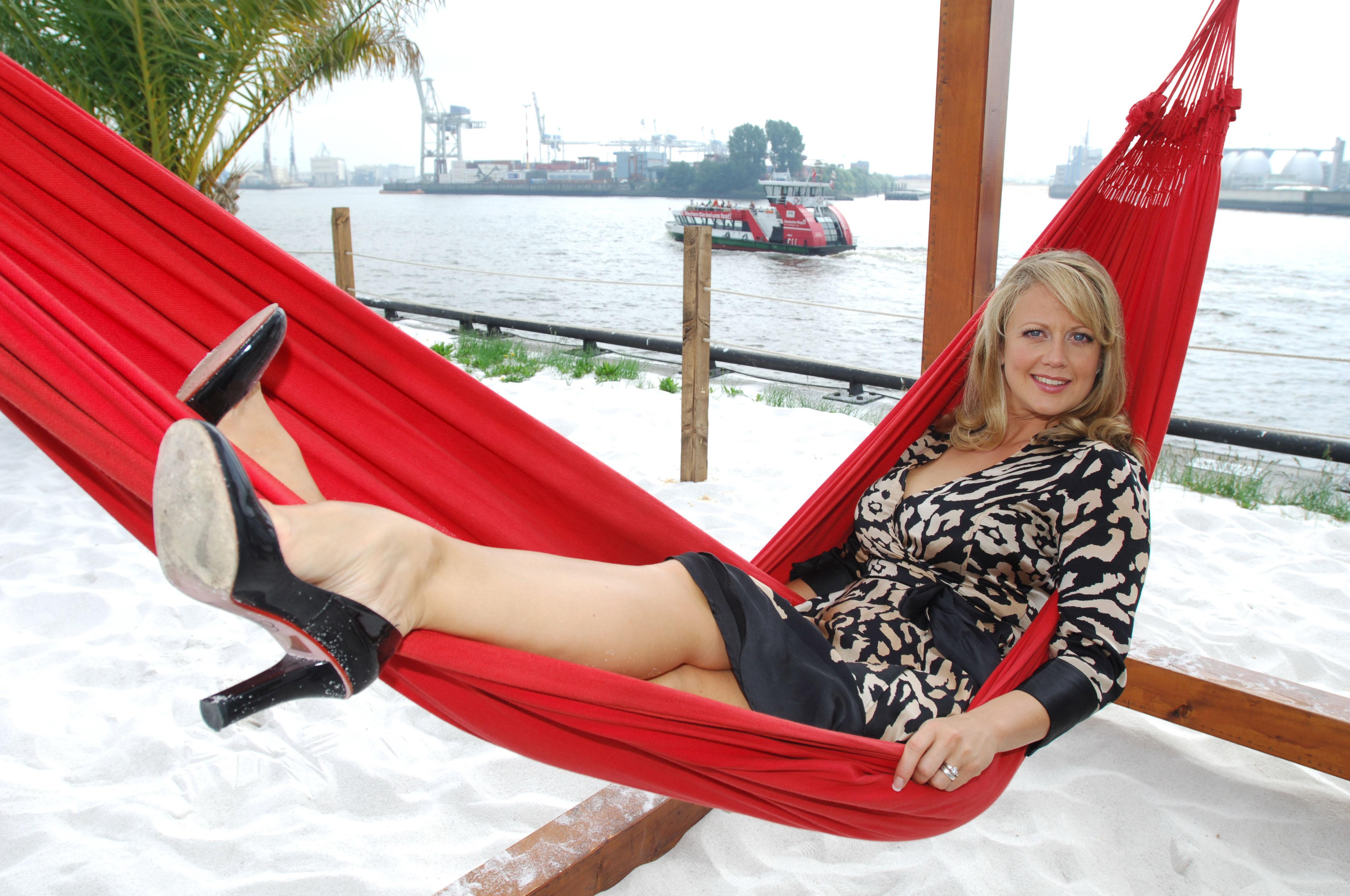 Barbara schöneberger füße
